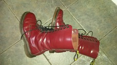 20161027_152908 (rugby#9) Tags: drmartens boots icon size 7 eyelets doc docs doctormarten martens air wair airwair bouncing soles original 14 hole lace docmartens dms cushion sole yellow stitching yellowstitching dr comfort cushioned wear feet dm 14hole cherry 1914 boot indoor footwear shoe