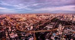 Conexiones/  Connections (Jhaví) Tags: conexiones connections ciudad city sunset atardecer autopistas highway asia thailand bangkok