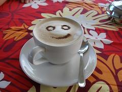 Siufaga Beach Resort (Savai'i) Samoa, Südsee - lächelnder Cappuccino zum Frühstück / Smiling cappuccino for breakfast (cd.berlin) Tags: samoa 2009 wst ws pazifik pacific tropen südsee apw samoan islands insel polynesian polynesien savaii siufaga amoa cappuccino lächeln smilling lächelndercappuccino smilingcappuccino kaffee coffee frühstück breakfast cdberlin traumziel dreamdestination