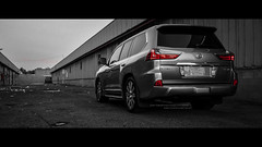 R O Y A L T Y  ll  My Luxes LX570 (dr.7sn Photography) Tags: lexus lx lx570 2016 black white lexus2016 tailight back movie لكزس لكزز جيب موتر مواتر ابيض اسود لون تيتنانيوم