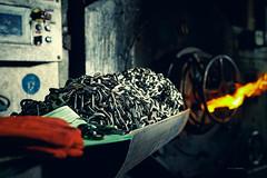 PEWAG Werk Brückl 2016-05-10 (tine_stone) Tags: arbeit brückl carinthia feuer hitze kärnten metallverarbeitung pewag produktion schneeketten stahl stahlverarbeitung werkbrückl bluesteel chains fire hot onlocation production snowchains steel tinefoto work kärnten|carinthia austria