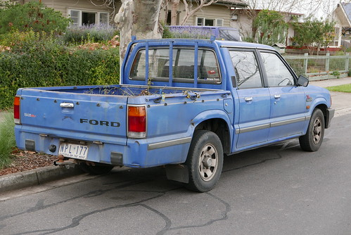 1995 Ford Courier (PC) XL 2WD 4-door utility