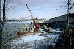 truck river crane kentucky louisville barge ohioriver portoflouisvilleterminal