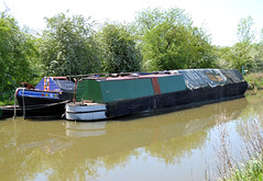 Hardy & Argo (R~P~M) Tags: uk greatbritain england boat canal unitedkingdom narrowboat warwickshire waterway oxfordcanal wolfhampcote warks