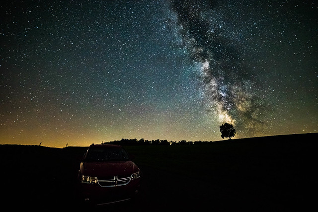 cars stars astrophotography manualfocus milkyway dodgejourney sonyphotographing bower14mm28 sonya7ii