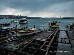 Boats 9 (`ARroWCoLT) Tags: dark clouds boat old sea beach seaside nokia lumia 1020 pureview mobiography kayık tekne blackandwhite monochrome vehicle outdoor siyahbeyaz sb bw beykoz istanbul pasabahce paşabahçe turkey türkiye bosphorus boğaziçi waterfront water