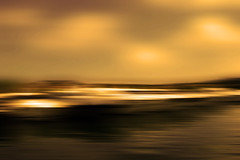 Hallucination nautique (François Tomasi) Tags: nuages clouds cloud tableaunumérique sea bateaux bateau boats boat composition photoshop pointdevue pointofview pof flou flouartistique numérique art paint painting lights light lumières lumière éclairage couleurs couleur colors color filtre or gold yahoo flickr google tomasi françois françoistomasi reflex nikon photographie photo photography water janvier 2017 réflection