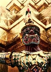 Thailand (9) (The Spirit of the World) Tags: demon gold goldleaf grandpalace bangkok thailand budddism spirit naturespirits asia southeastasia statue protection 1987 film print analogphotography