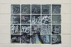 Zenor - Neat - Onek - Labs - Naze - Naber - Toes - SDF (Ruepestre) Tags: zenor neat onek labs naze naber toes sdf paris france streetart street art graffiti graffitis urbain urbanexploration urban