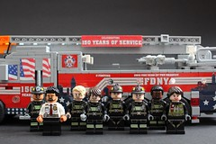 FDNY 150th Anniversary Truck & Firefighters (sponki25) Tags: fdny squad firetruck newyork nyc fire department new york seagrave lego engine fahrzeug feuerwehr kme ferrara ladder truck minifigures firefighter