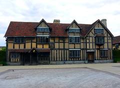 Stratford-upon-Avon (DarloRich2009) Tags: shakespeare poet bard avon warwickshire stratford stratforduponavon sbt williamshakespeare playwright shakespearean thebard riveravon shakespearesbirthplace shakespearebirthplacetrust