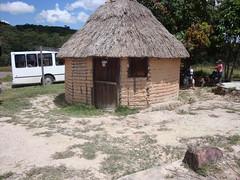 Quebrada de Jaspe (Wguayana) Tags: venezuela bolívar gran sabana santa elena uairén jaspe choza