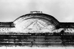 AA012 (Terry Christian Photo) Tags: nikon nikonf2 nikonf2photomic photomic kodak trix trix400 hc110 neworleans stlouiscemetery3 cemetery grave vault tomb ruin stone marble