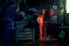 PEWAG Werk Brückl 2016-05-10 (tine_stone) Tags: arbeit carinthia feuer hitze metallverarbeitung pewag produktion schneeketten stahl stahlverarbeitung bluesteel chains fire hot onlocation production snowchains steel tinefoto work kärnten|carinthia werkbrückl kärnten brückl
