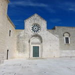 "Santa Maria di Colonna <a style=""margin-left:10px; font-size:0.8em;"" href=""http://www.flickr.com/photos/14315427@N00/19162449558/"" target=""_blank"">@flickr</a>"