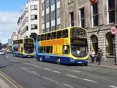 GT 157 & GT 136 Dame Street 04/07/15 (Csalem's Lot) Tags: dublin bus volvo 9 wrights dublinbus 83a gt136 gt157 wrightsgemini