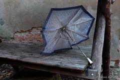 Sunday weather - Das Wetter am 3. Advent (Sockenhummel) Tags: fuji raben rabenstein weihnachtsmarkt schirm regenschirm umbrella fujifilm finepix fujix30 x30