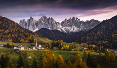 Val di Funes (Frederic Huber | Photography) Tags: 1124 1635 2016 2470 70200 landschaft altoadige autumn canoneos5dsr dolomiten dolomites eos fotodiox frederichuber freearc herbst landscape photography south südtirol tirol wonderpana wwwfrederichubercom alto adige val di funes sunset sunrise le long exposure italy italien italia st magdalena trentino explored explore