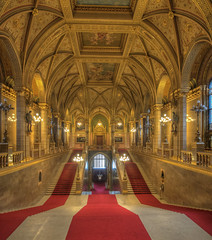 Budapest, Hungary (Wizard CG) Tags: europe 2016 budapest parliament hungary interior golden architecture building hall indoor