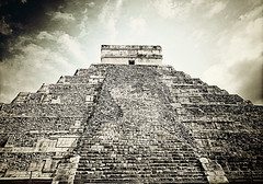 Chichen Itza 013 (Thought Knots Design) Tags: chichen itza el castillo mayan mayans mexico mexican ruins pyramid pyramids esoteric ancient civilization mystery mystics god gods temple worship thought knots design black white photography bw canada canadian novascotia artist photo graphic art abstract surreal