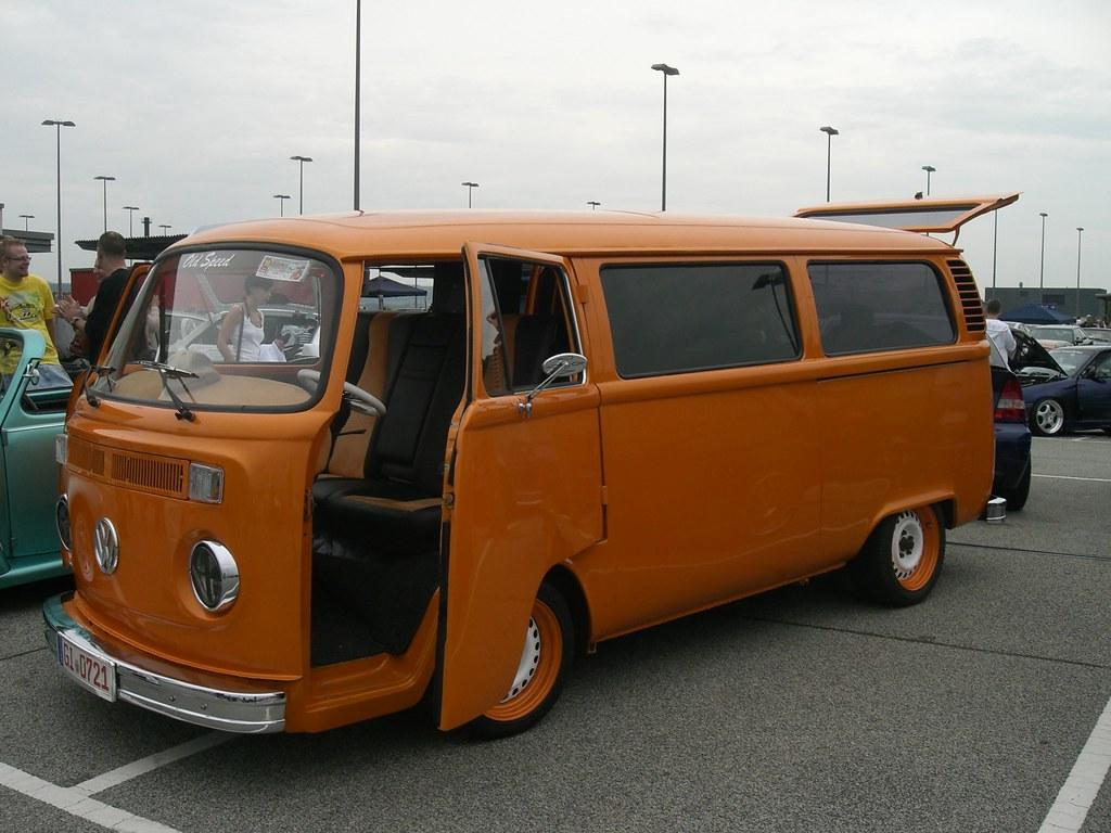 the world 39 s best photos of orange and transporter flickr hive mind. Black Bedroom Furniture Sets. Home Design Ideas