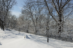 Pure Manhattan (Eddie C3) Tags: newyorkcity manhattan riversidepark snowscenes riversidedrive nycparks morningsideheights