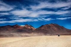 Auf dem Altiplano (heikebeudert) Tags: landscape landschaft bolivien weite travel reise sand clouds wolken vulkane südamerika southamerica