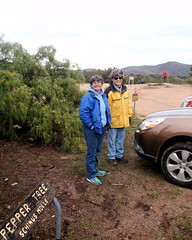 002 Meet Director Clare and Harvey (saschmitz_earthlink_net) Tags: 2017 california orienteering vasquezrocks aguadulce losangelescounty laoc losangelesorienteeringclub