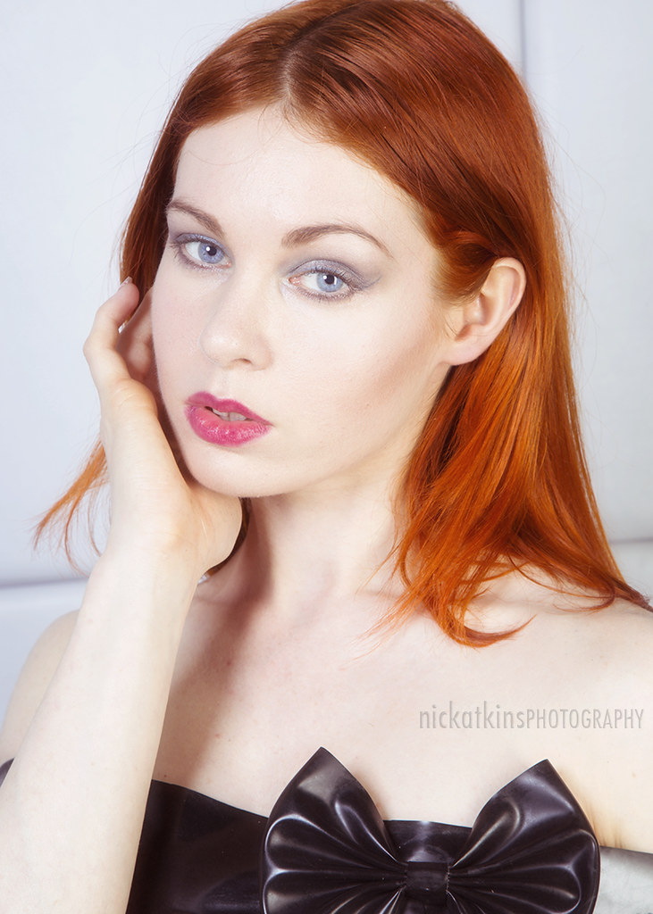 Redhead model thumbnails