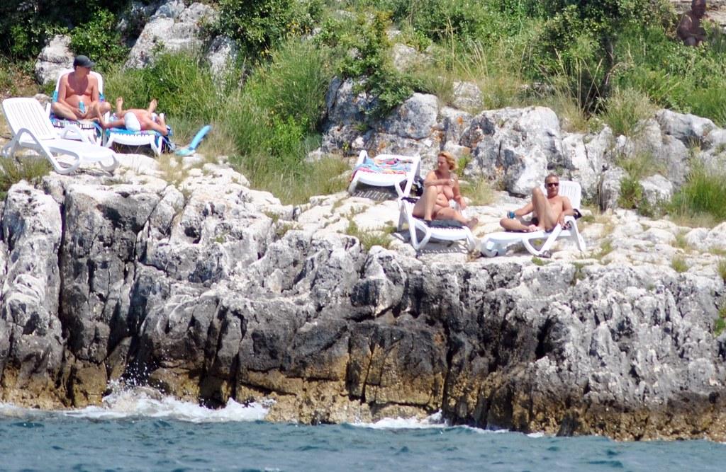 nackt in kroatien