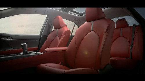 2018-toyota-camry-unveiled-in-detroit-looks-sporty_25