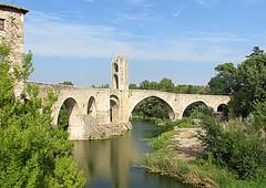 Pont fortifié de Besalú # Province de Gérone # Catalogne # Espagne. (SUPERDANIEL 2) Tags: pont besalú catalogne