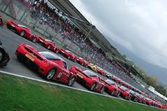 La parata delle Enzo 02 (Enrico Caldesi) Tags: ferrari enzo supercars finalimondiali