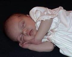 Isabella2wksSleeping