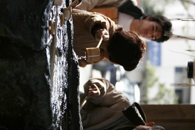 真冬の手水鉢