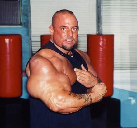Gregg Valentino Bíceps grandes