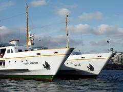 twin boats (faraways) Tags: turkey boat ship trkiye turkiye istanbul vapur turk gemi eminn turkei ihsan artrk ariturk iariturk faraways