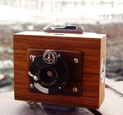 Hybrid Lens / Pinhole Front for Mamiya RB67 magazines
