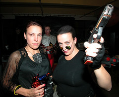 chick with guns (Nika) Tags: costumes girls halloween laracroft lara guns nika
