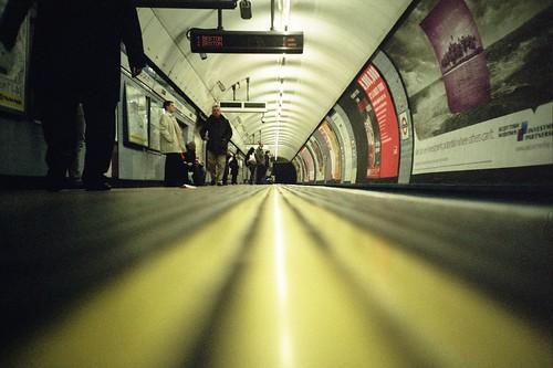 Fotografía de un túnel del metro londinense
