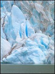 Ice of Blue (..felicitas..) Tags: chile patagonia ice topv111 wow ilovenature interestingness minolta glacier explore cb glaciar z2 hielo magallanes 222v2f 111v1f glaciarserrano felumolina topphotoblog interestingness309 i500 lasthopesound ta2005 senodelaultimaesperanza explore18mar2006 abigfave felicitasmolina