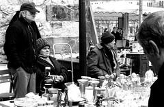 flowmarkt (My Little Johnny Rotten Pony) Tags: bw germany hannover dimage a2 flohmarkt