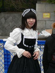 Slightly less contrived (manarh) Tags: japan tokyo gothic harajuku gothiclolita jingubashi 200603