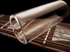 Flickr Blues (Fernando Vega) Tags: macro topf25 rock guitar blues slide lespaul