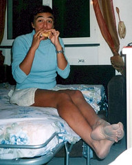 frafeet (pucci.it) Tags: funny eating tan femalefeet