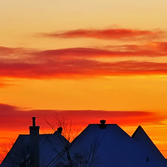 Dusk* (Imapix) Tags: voyage travel blue houses sunset red sky orange snow canada nature topf25 topc25 clouds contrast wow wonder soleil photo topf50 bravo colorful photographie sundown quebec dusk hiver roofs qubec stunning mostinteresting neige toit lorraine crepuscule coucherdesoleil toiture imapix topfavpix gatangbourque gatanbourque copyright2006gatanbourqueallrightsreserved  copyright2006gatanbourqueallrightsreserved pix50 imapixphotography gatanbourquephotography