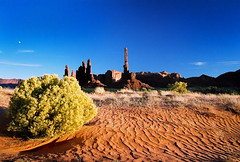 Monument Valley Moon (Nativeagle) Tags: sunset arizona film sand nikon native quality fujifilm navajo nativeagle rez monumentvalley f5 nikonf5 navajonation nikon24120mm abigfave ncfavorite