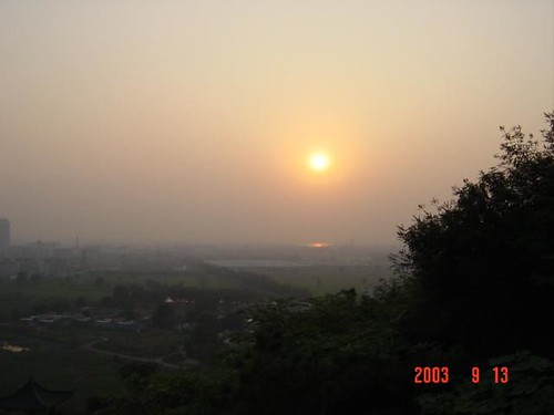 落日-济南华山