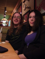 Josh and Breanne (en la esquina de la leche) Tags: friends josh breanne applebees
