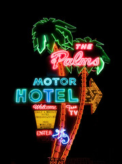 The Palms Motor Hotel (Curtis Gregory Perry) Tags: old light usa signs west color colour classic luz glass sign electric night america vintage dark palms portland hotel licht us inn colorful neon pretty glow unitedstates state northwest bright lumire or lodging tube tubes motel ne retro gas beaver chain american 200 views signage western electricity pacificnorthwest americans glowing instructions colourful dying popular 75 electrical vacancy ore suites luce instruction muestra placard important advisory accomodation signe sinal neons accomodations motorinn oregonian  zeichen non segno  rosecity cityofroses  motorlodge motorcourt   teken  motorhotel 75views  portlander  beaverstate  glowed    neonic